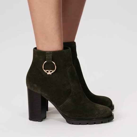 6391fd050b3a NEW Tory Burch Sofia Suede Bootie Dark Boxwood